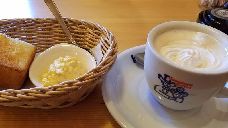 コメダ珈琲店 ウインナーコーヒー